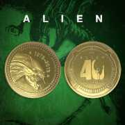 Foto van Alien '40th Anniversary' Limited Edition Collector's Coin: Gold Variant - Zavvi Exclusive